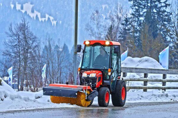 Компактни трактори B1 (12-24к.с.)